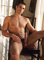 Racek Amhol shows his sexy body